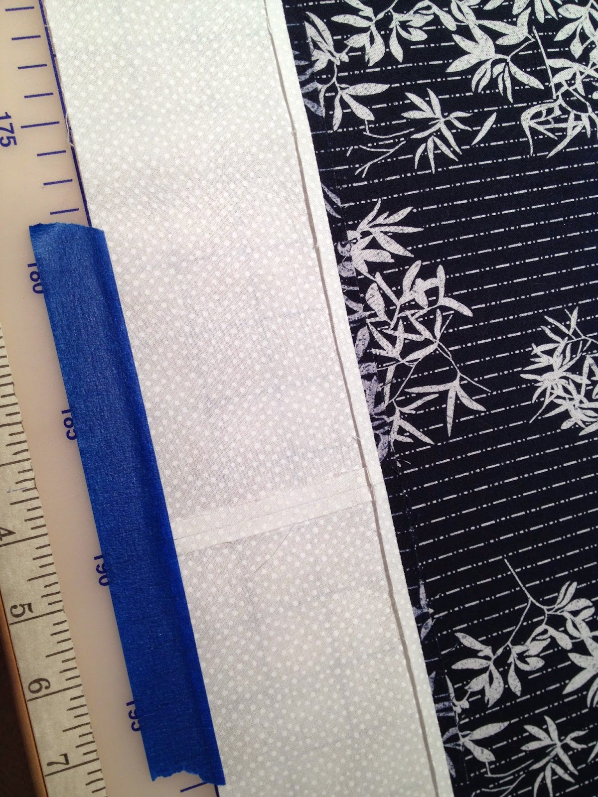 Backing Design Cue for Graphic Quilting