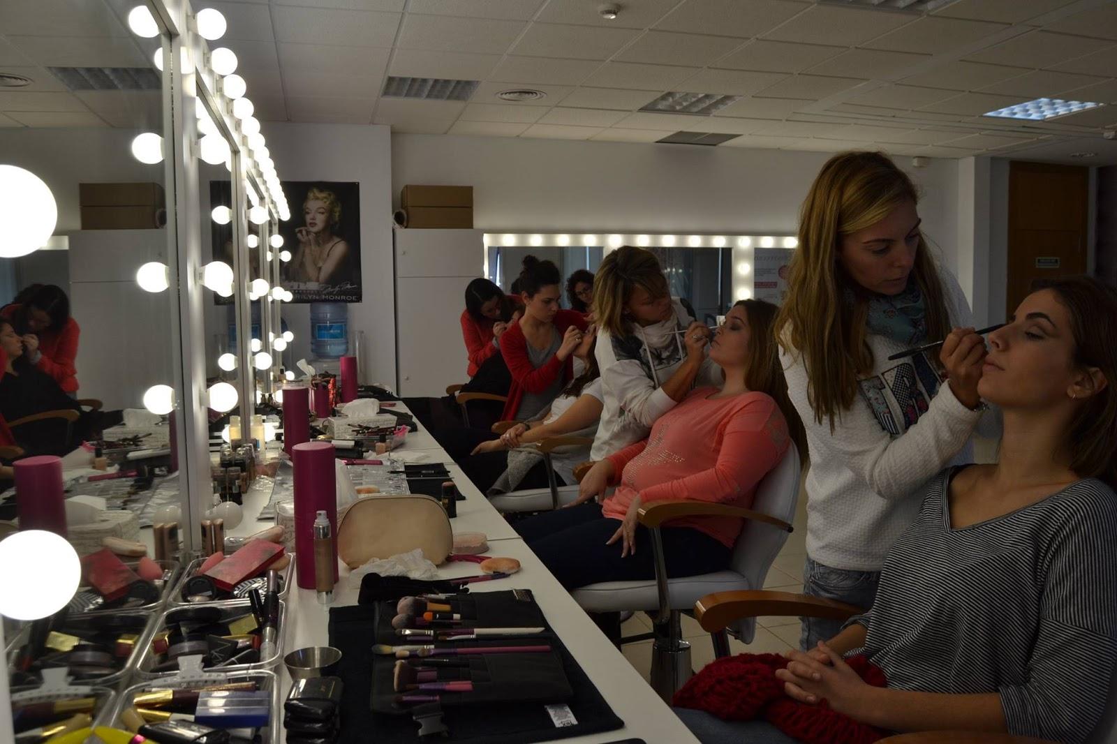 Estudia para ser maquilladora profesional en la escuela - Estudio de maquillaje ...