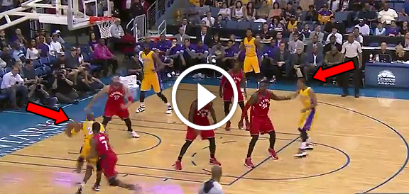 Kobe Bryant Dishes to Jordan Clarkson (VIDEO) NBA Preseason 2015