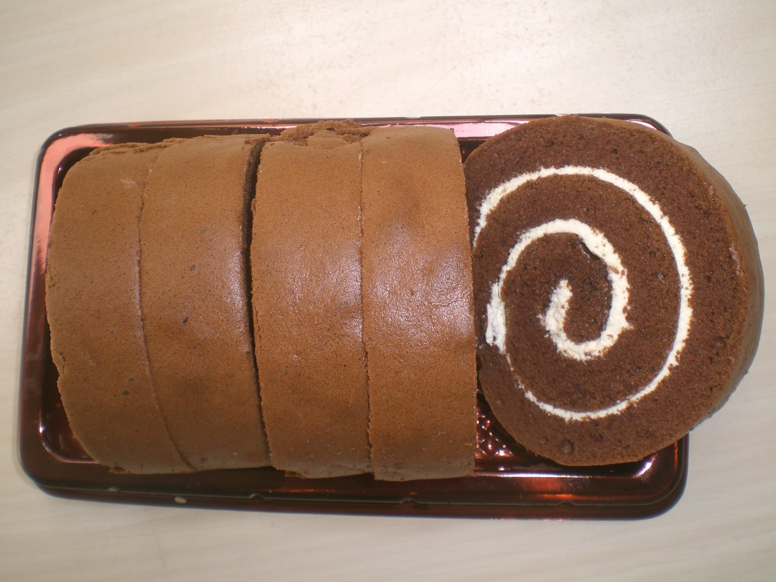 Resep Cara Membuat Chocolate Roll Cake Filling