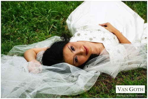 How to clean your bridal gown after a trash the dress for Where to get my wedding dress cleaned
