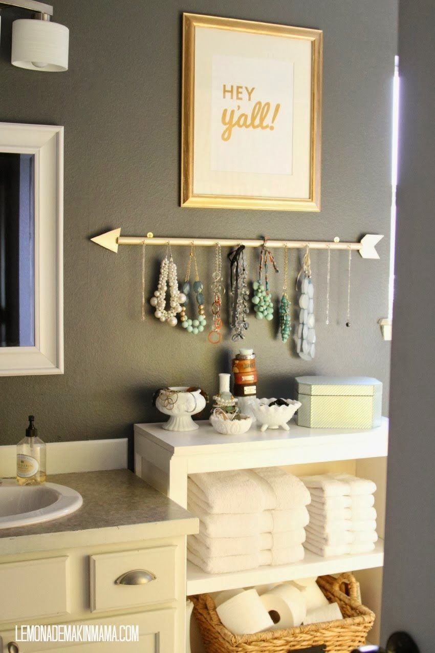 http://www.lemonademakinmama.com/2014/02/the-arrow-jewelry-holder-diy.html