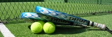 La fiebre del pádel - Jugando en El Hangar club de pádel y tenis.