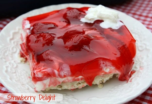 ... From my Texas Kitchen!: Strawberry Delight {A Mothers Day Dessert