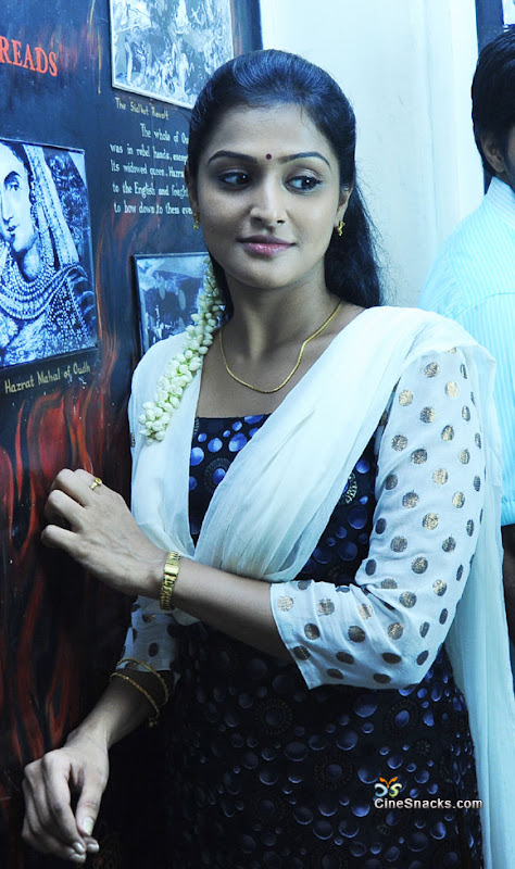 Ramya nambeesan  malayalam movie actress photos sexy stills