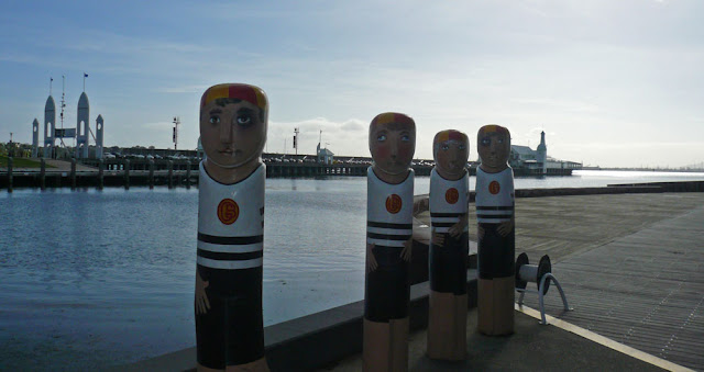 Geelong - Jan Mitchell's Sculpture