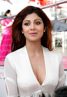 Shilpa Shetty Spicy Stills | TollywoodTolly
