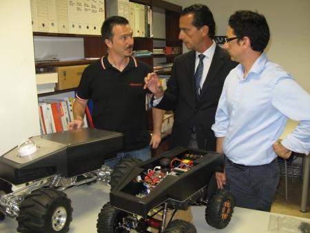 El Consell ayuda a una empresa valenciana a diseñar y fabricar robots para centros de investigación y empresas