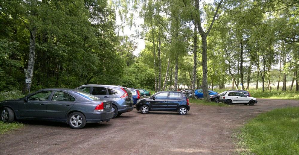 Hur parkerar folk nu för tiden. Ska de va så här? :)