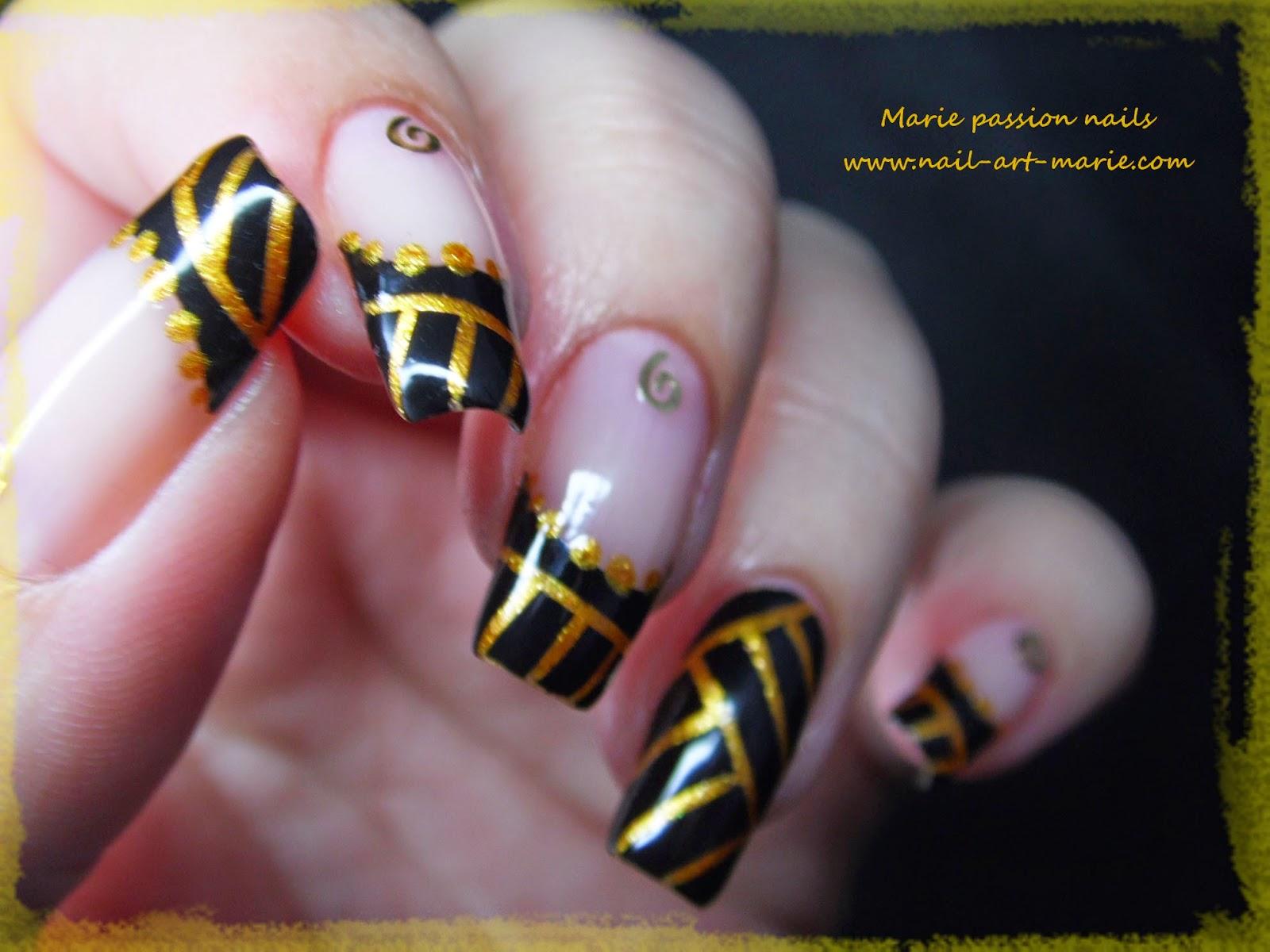 Nail art égyptien7