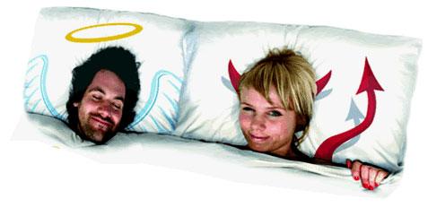 anjo e diabo na cama