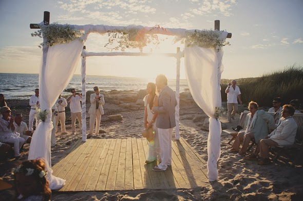 Gazebo Wedding Decoration ideas on the Beach-7