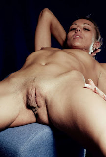FreeSex Pics - rs-PussyLips05-04-737461.jpg