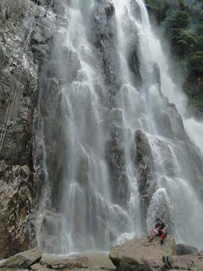 Roteiro 3 - Opções de Rapel na Cachoeira das Garças