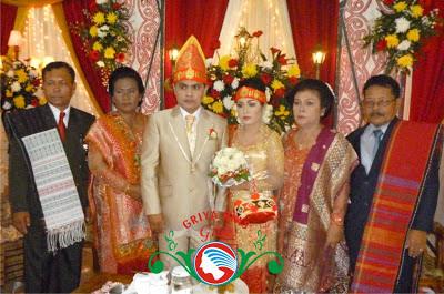 keluarga pengantin batak