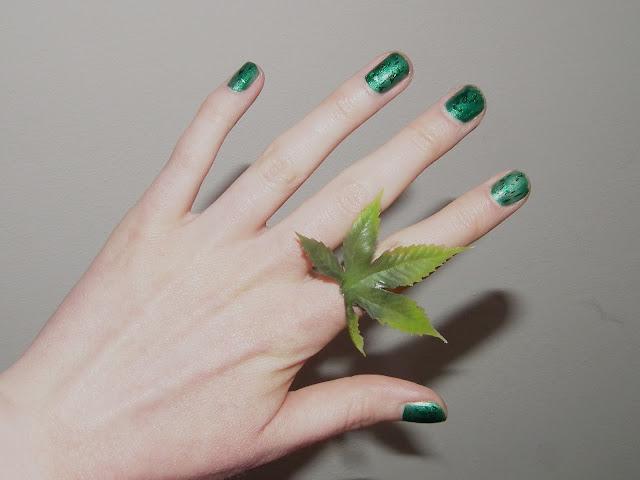 Sammi Jackson - Green + Giveaway