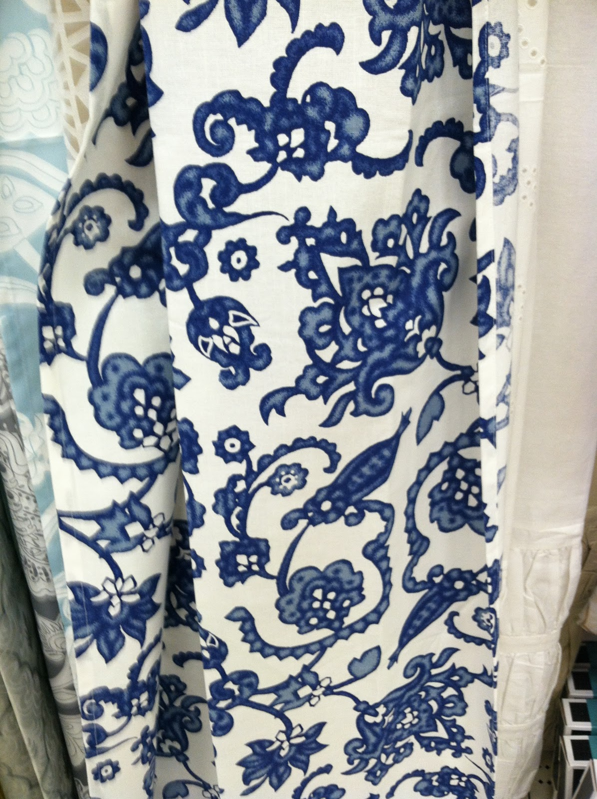 Lotus Amp Fig Retail Odyssey Targets Global Shower Curtains