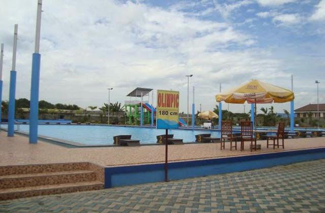 Kolam Olympic di Gerbang Mas Bahari Waterpark