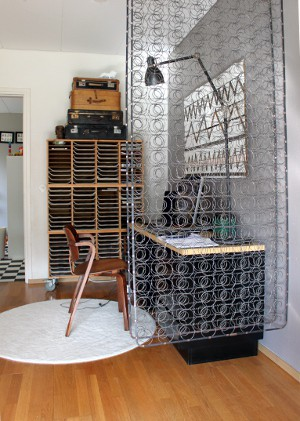 Zassy 39 s treasures design fun ideas for a vintage - Colchon de futon ...