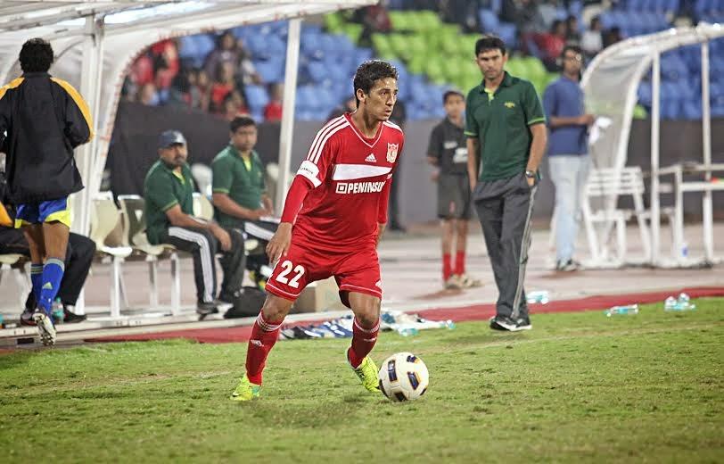 Pune FC re-sign Lester Fernandez