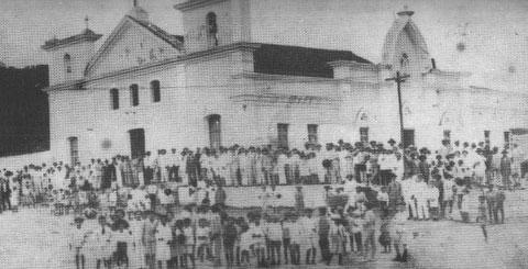 IGREJA MATRIZ DO LIVRAMENTO FOTO DE 1922 ESTE FORMATO FOI DE 1865 A 1939