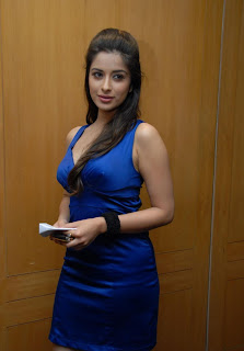 Madhurima Latest Pictures in Mini Dress at CCC 2012 Press Meet