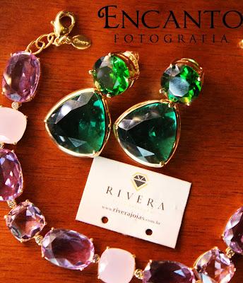 brinco pedras verde esmeralda