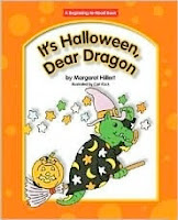 bookcover of It's Halloween, Dear Dragon by Margaret Hillert