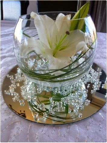 luxury wedding fish bowl decorations ideas with flowers