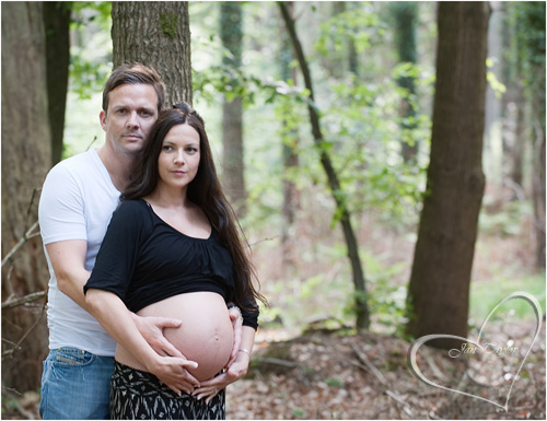 Maternity photography in the forest