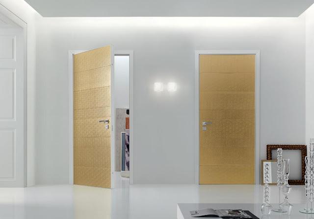 Puertas interiores de diseño italiano de color dorado