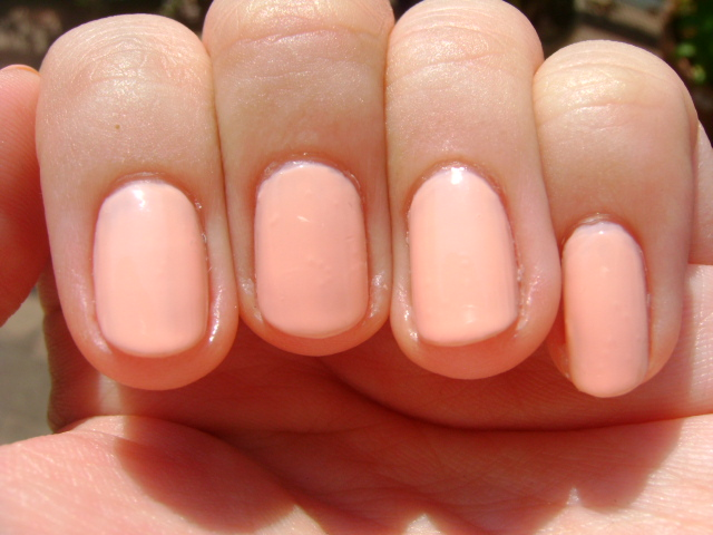 Smart and Sarcastic With Dashes of Insanity: SWATCHES of Essie\'s A ...