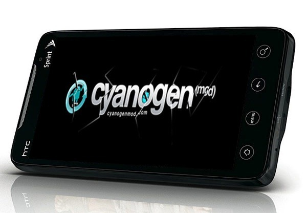 Smartphone-with-Custom-Rom-CyanogenMod