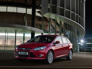 2012-Ford-Focus-11