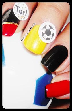 Naildesign mit Mavala Colors - klick Foto