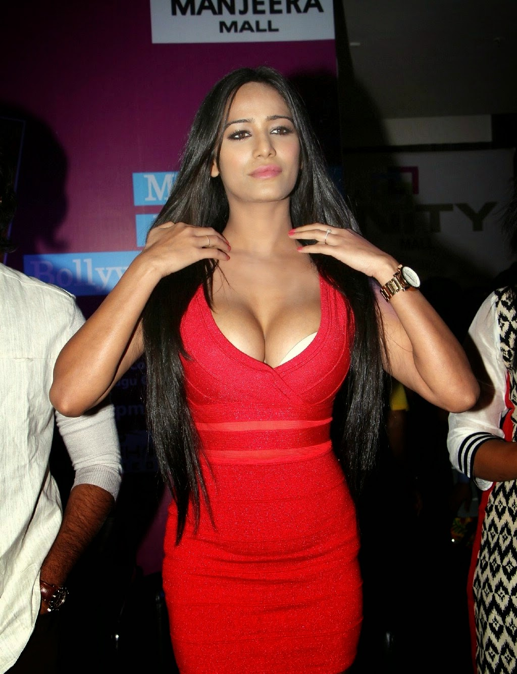 Poonam Pandey Sexy In a Low-neck Red Dress At Telugu Film 'Malini & Co ...