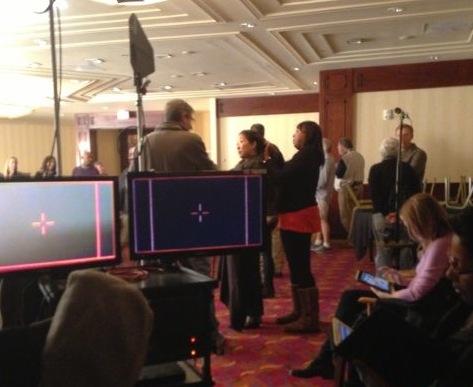 http://4.bp.blogspot.com/-fEoEkYdRZIo/UQbAK_HDf5I/AAAAAAAAJr0/0iIboG74lu0/s1600/sandra+oh+25+january+filming+grey%27s.jpg