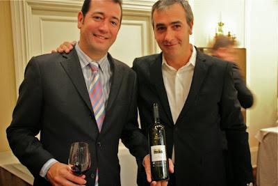BUENAVENTURA GARCIA Y CARLOS SANPEDRO DE BODEGAS PUJANZA. BLOG ESTEBAN CAPDEVILA