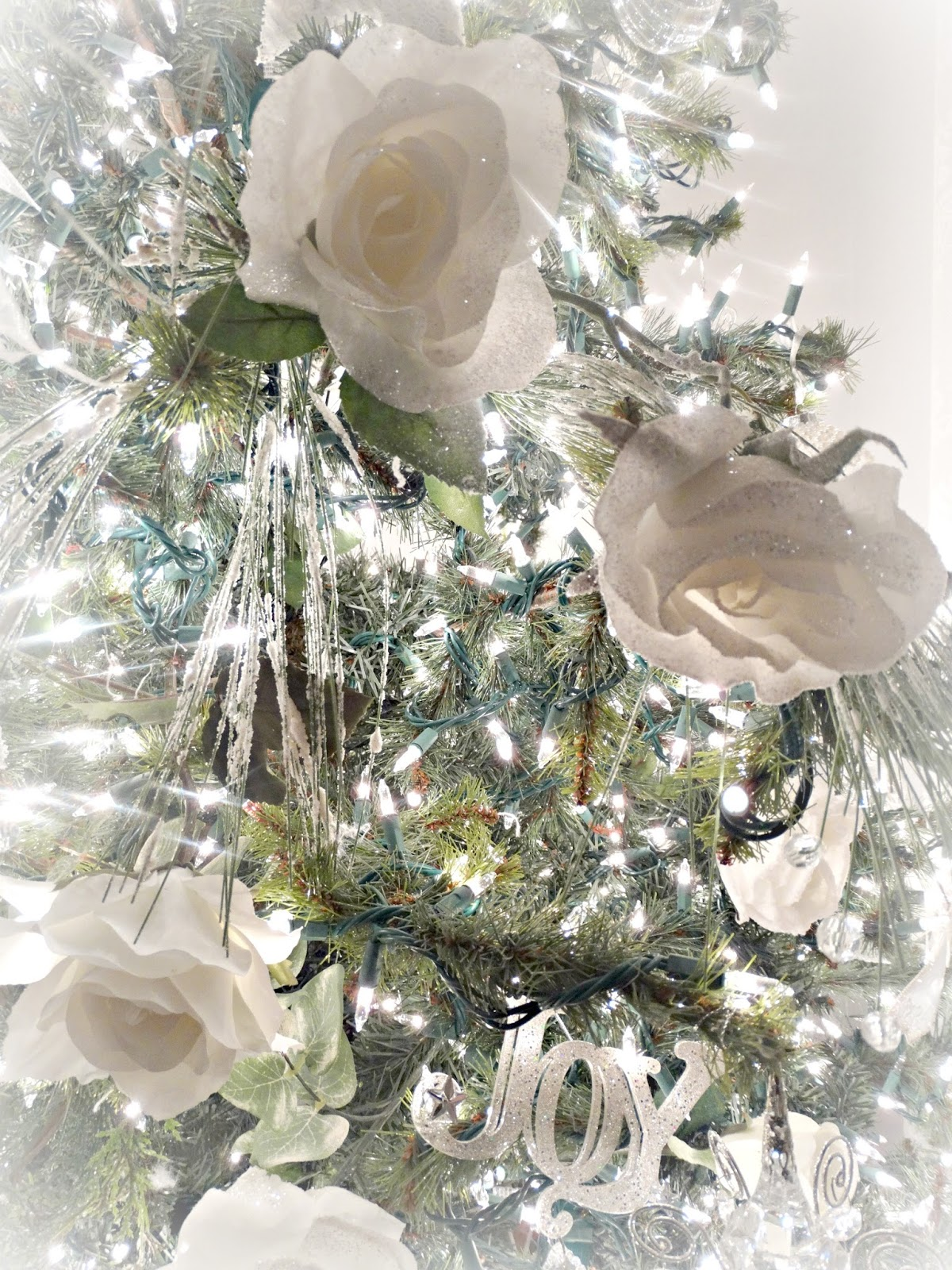 Junk Chic Cottage Christmas Tree Ornaments