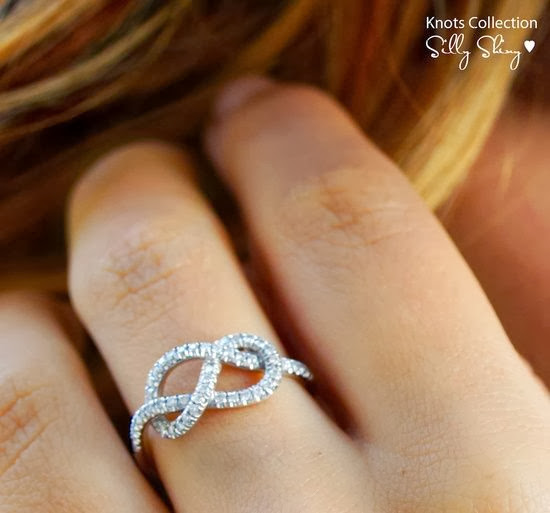 Gorgeous and simple Infinity knot ring style trend