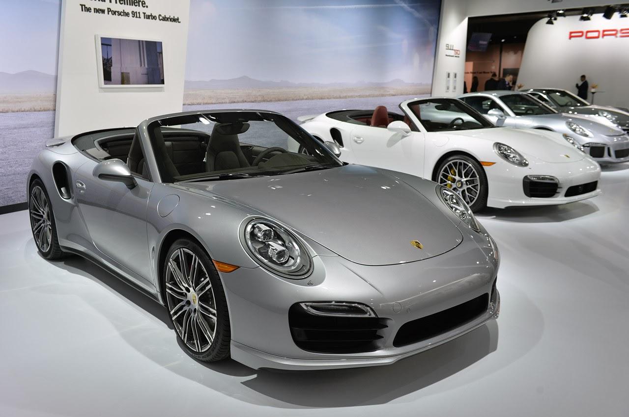 automotiveblogz 2014 porsche 911 turbo cabriolet la 2013 photos. Black Bedroom Furniture Sets. Home Design Ideas