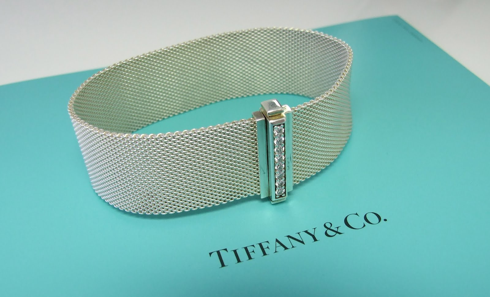 Tiffany Somerset Bracelet, a musthave