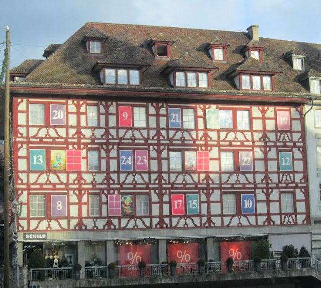Fantasioso calendario dell'Avvento a Lucerna