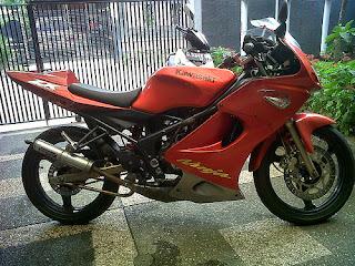 Foto Modifikasi Ninja RR 150 cc Terbaru Merah