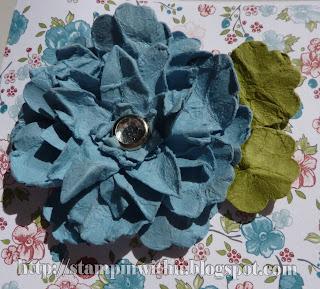 Spritz & Scrunched Flower