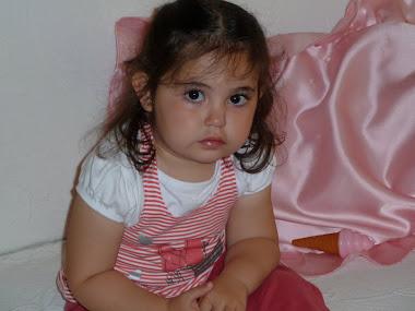 La hija mayor de mi hija menor