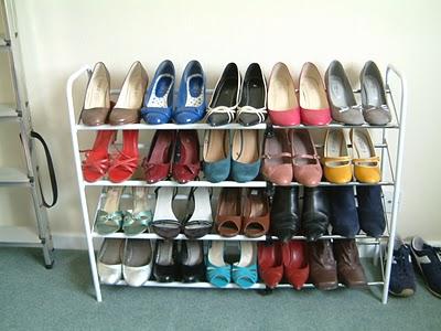 El cuarto de san alejo tienes unos zapatos para mi for Cuarto de zapatos
