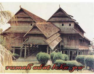 Rumah Adat Loka Samawa Nusa Tenggara Barat,Keberagaman dan keunikan rumah adat di Indonesia yang terkenal di mata dunia