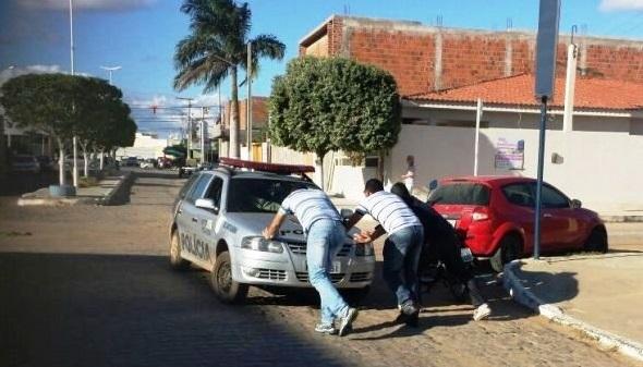 Resultado de imagem para policias sucateadas