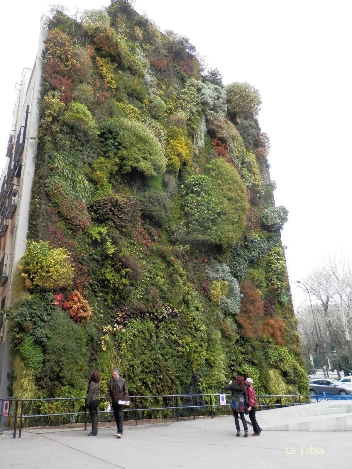 Jard n vertical caixa forum en diciembre 2012 - El jardin vertical ...